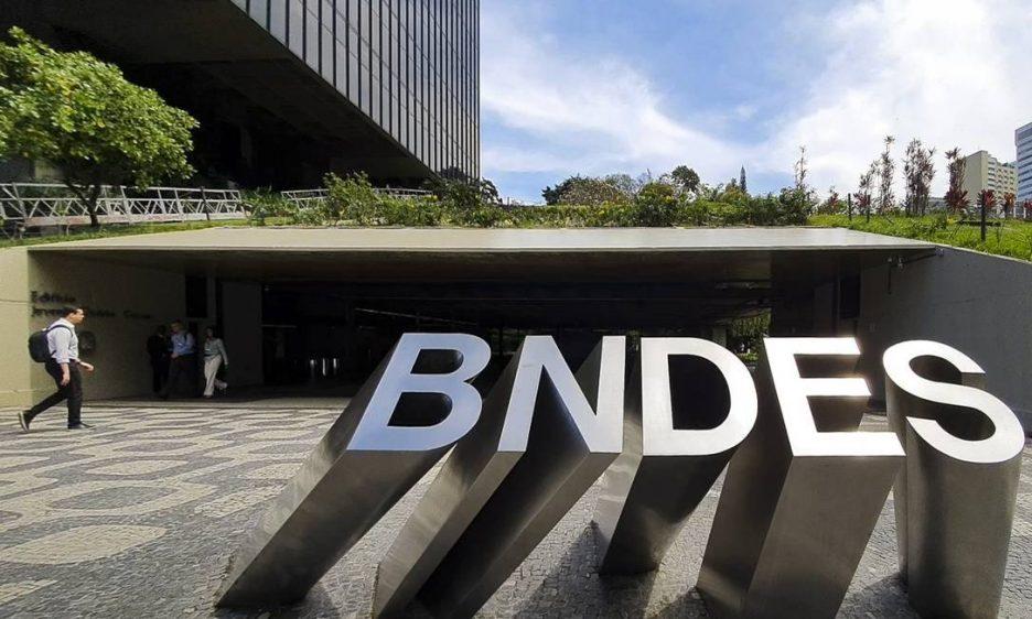 Comissão destina 30% dos recursos do BNDES a pequenos negócios. Crédito: Divulgação